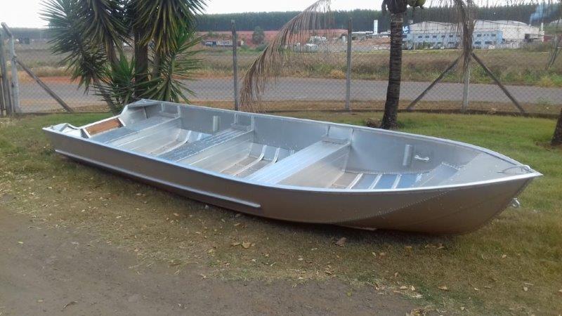 Barcos em duralumínio