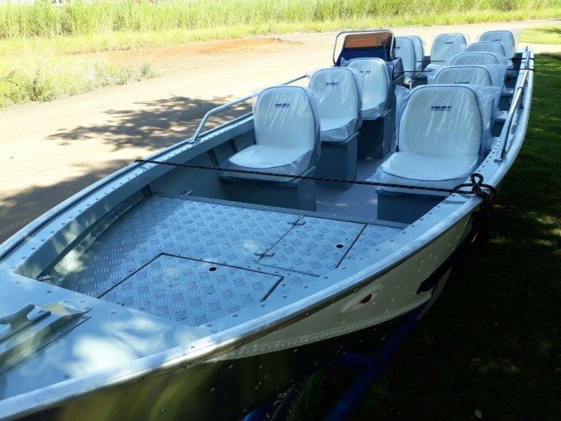 Barcos para turismo