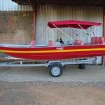 Barco para passeio à venda